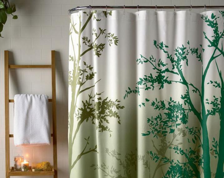 Tenda doccia l 39 oggetto di design ricco di fantasie e colori - Tenda vasca da bagno ...