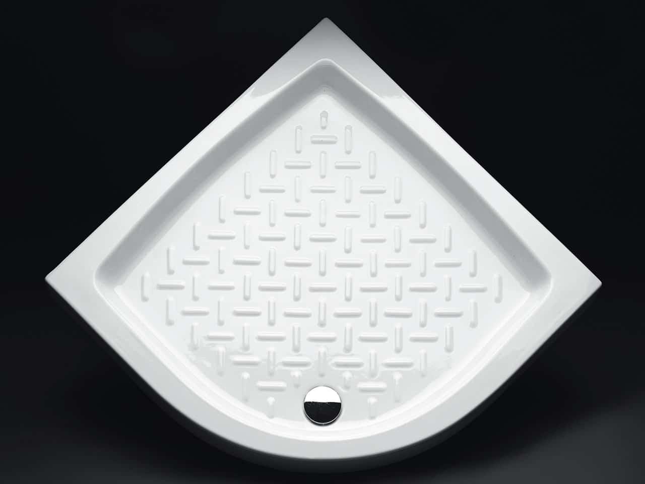 Piatto doccia angolare ideale per salvaguardare lo spazio - Cambiare piatto doccia ...