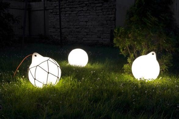 Plafoniere Da Giardino Prezzi : Lampade solari da giardino ikea energia solare