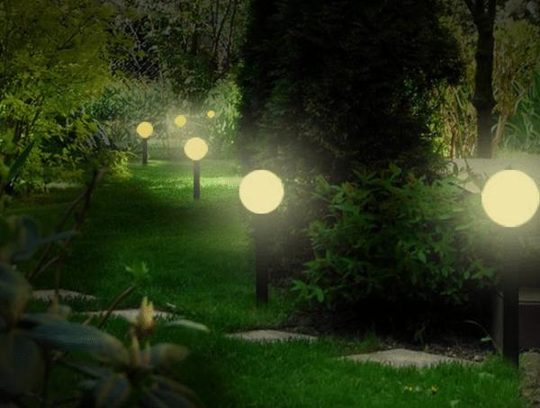 Lampade da giardino a energia solare ed a led: consigli e prezzi