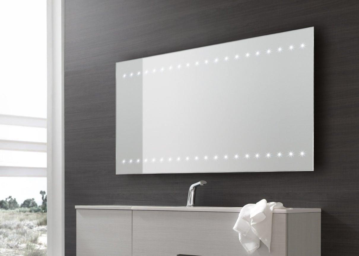 Specchio bagno led, la modernità racchiude la semplicità accrescendo l'autostima