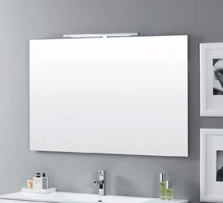 Specchio bagno pratico funzionale e d 39 eleganza - Specchi particolari per bagno ...