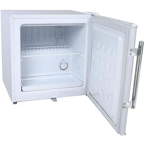Congelatore verticale a cassetti salvaspazio prezzi for Congelatore a pozzetto piccolo