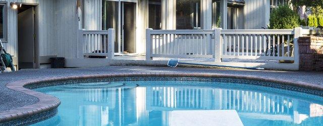 piscina-interrata-cemento-armato