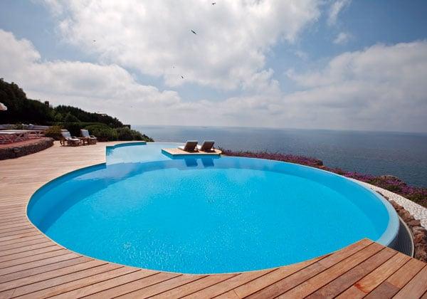 Stai pensando di realizzare una piscina ecco alcune idee - Realizzare una piscina ...