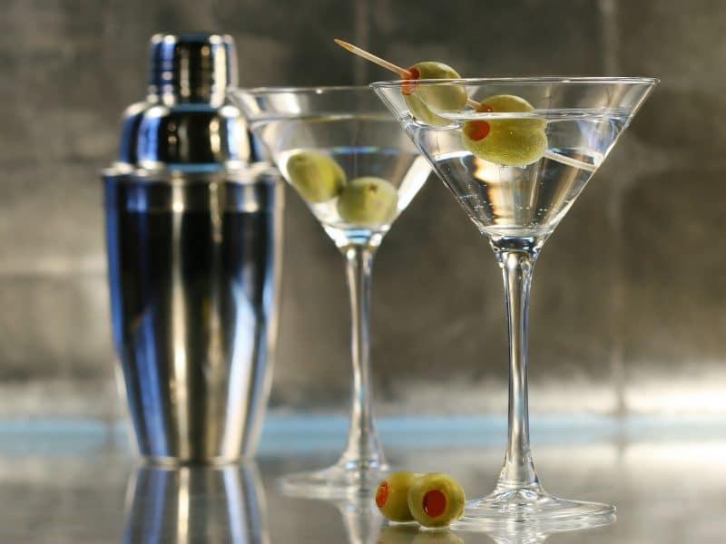 shaker cocktail martini