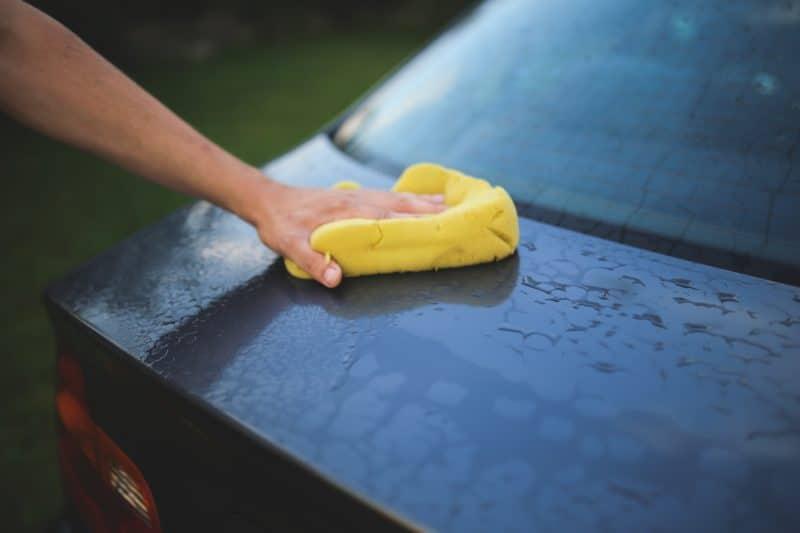 detergente lavaggio auto