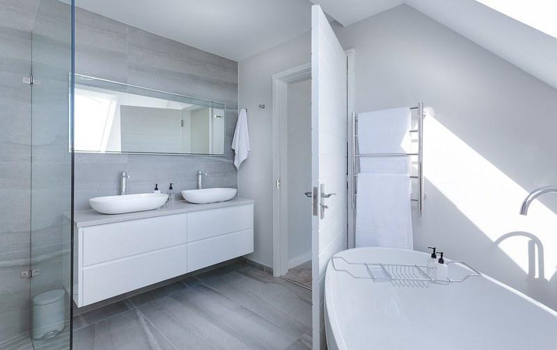 Complementi d arredo per il bagno mobili accessori sanitari